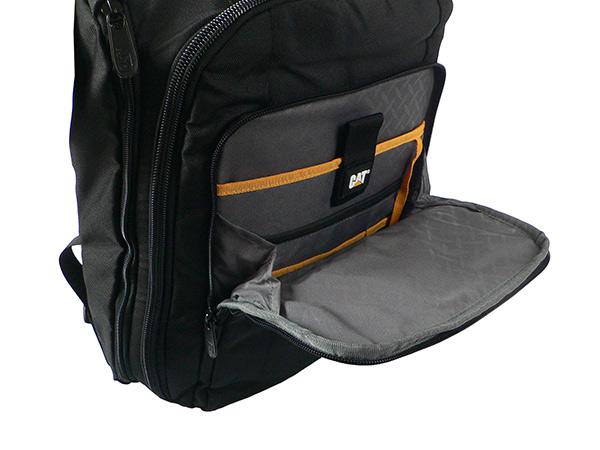 Рюкзак для ноутбука CAT BIZZ TOOLS. Переднее отделение с органайзером