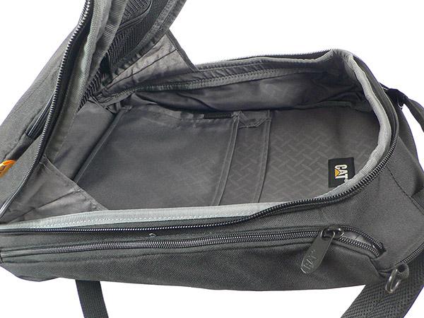 Рюкзак для ноутбука CAT BIZZ TOOLS. Основное отделение